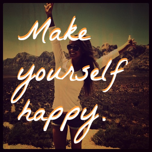 happygirl-mountains-yourself